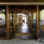 Ingreso posada hosteria spa villa angostura