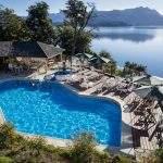 Piscina frente al lago posada hosteria spa villa angostura