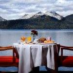 Restaurante vista lago