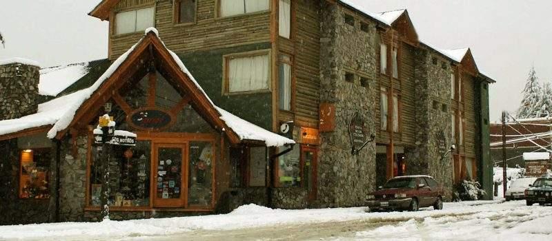 Hotel Posta De Los Colonos en Villa la Angostura Neuquén Argentina